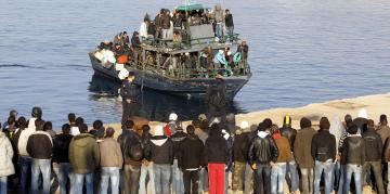 Face à l'urgence, l'Italie privatise l'accueil des migrants
