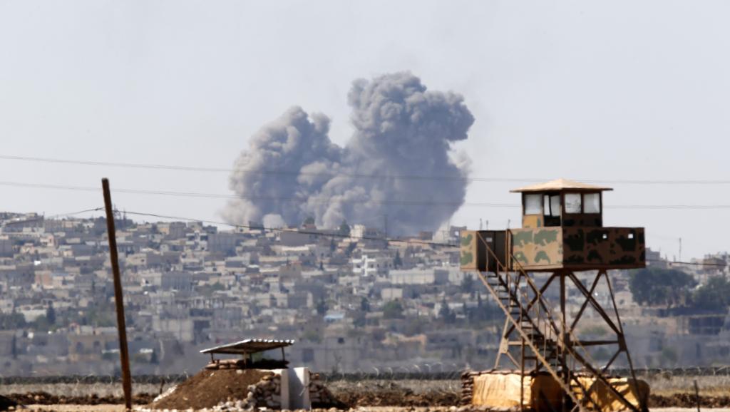 L'EI progresse à Kobane, illustrant la limite des raids aériens