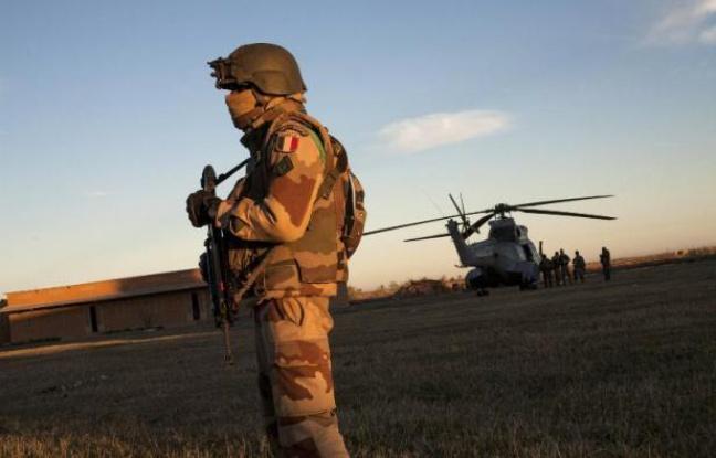 Niger: Un convoi de véhicules armés d'Aqmi «détruit», annonce l'Elysée