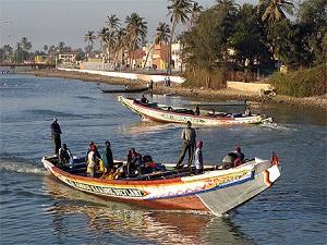 """Les pêcheurs """"laissés en rade"""" seront payés le 26 octobre (ministre)"""