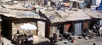 A la cité Baraka, les gens se battent pour s'en sortir