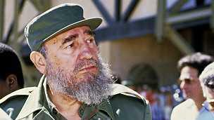 Fidel Castro promet d'envoyer encore des agents de santé en Afrique, pour éradiquer Ebola.