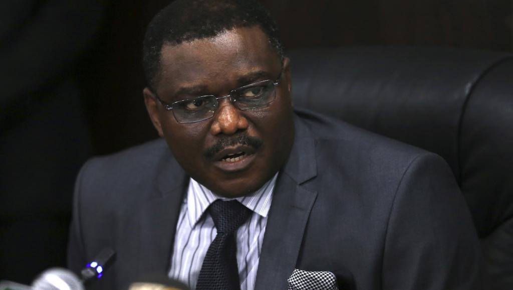 Le ministre de la Santé nigérian, Onyebuchi Chukwu, s'est adressé à la presse après la confirmation de quatres cas d'Ebola mortels dans son pays, le 14 août 2014. REUTERS/Afolabi Sotunde