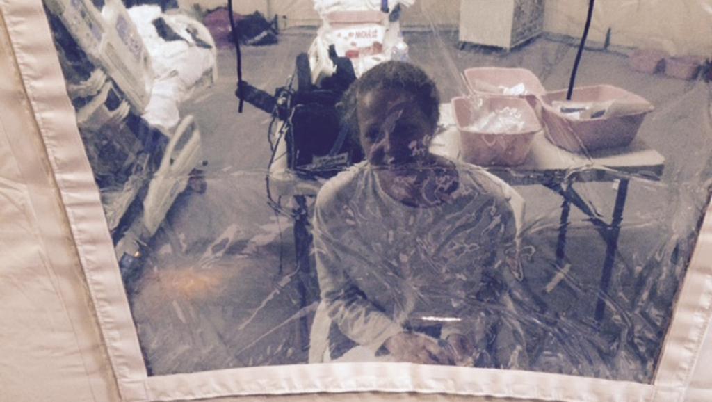 """L""""infirmière Kaci Hickox, de retour de Sierra Leone, a pu quitter l'hôpital universitaire où elle avait été placée contre son grè, dans le New Jersey REUTERS/Steve Hyman/handout via Reuters"""