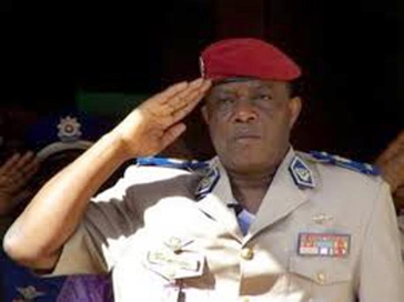 La déclaration du Général Nabéré Honoré Traoré chasse Blaise Compaoré