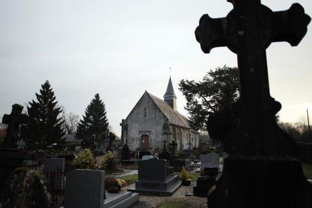 Liberation.fr/Libération.fr - Le cimetières de Saint-Jouin, en France