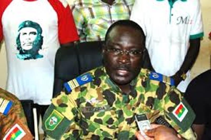 Burkina Faso : le lieutenant-colonel Isaac Zida, nouvel homme fort du pays