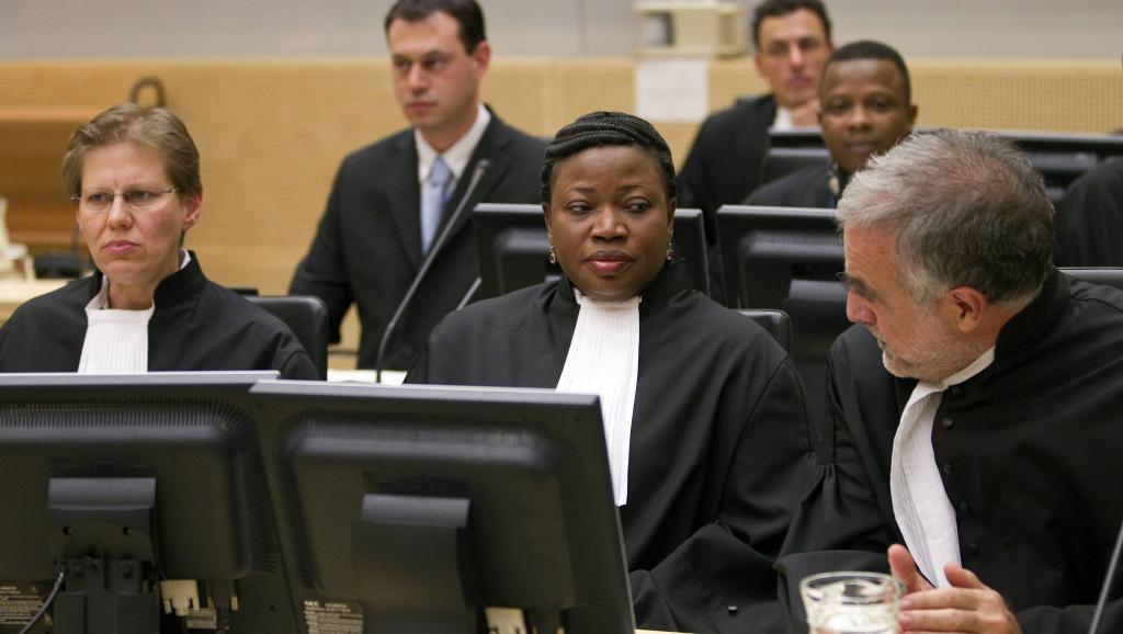 Le banc des procureurs au procès de Jean-Pierre Bemba à la Haye, le 22 novembre 2010. REUTERS/Michael Kooren