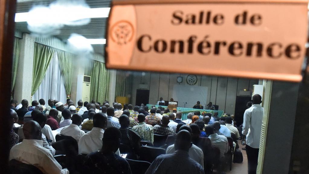 Burkina: la charte de transition validée