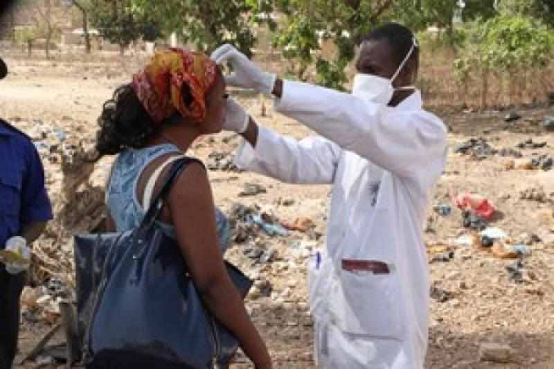 Ebola-de bonnes nouvelles du Mali: deux cas suspects négatifs, le malade répond bien