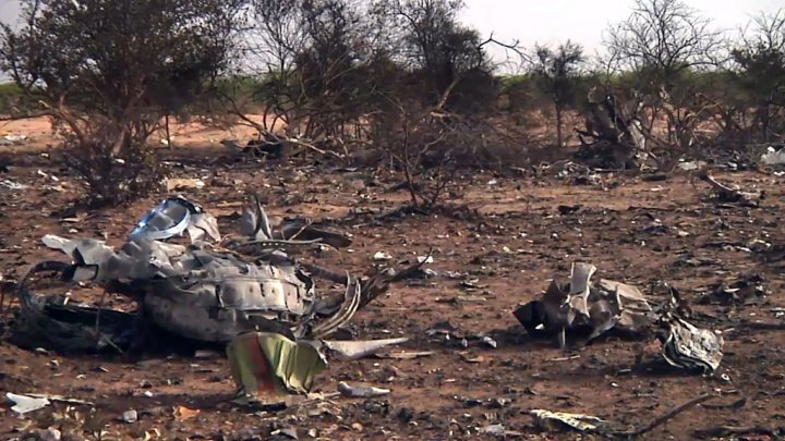 Paris et Alger se disputent les débris du vol Air Algérie