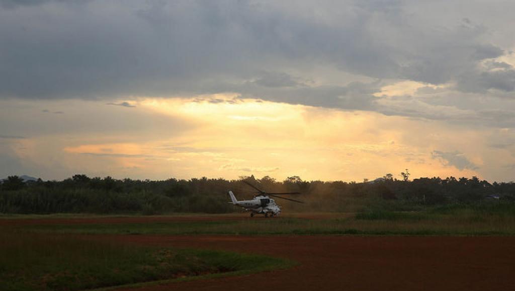 Un hélicoptère décolle du quartier général de la Monusco à Beni pour une mission de reconnaissance dans la zone, le 10 novembre 2014. Photo Monusco/Abel Kavanagh