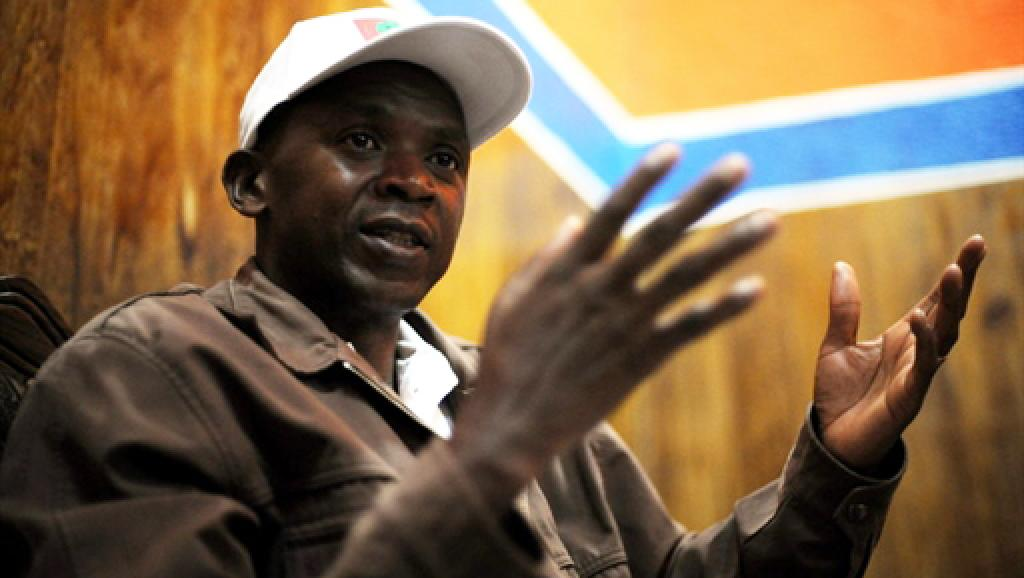 Agathon Rwasa des FNL a signé la déclaration de coalition politique avec ses ex-ennemis de l'Uprona. AFP/Roberto Schmidt