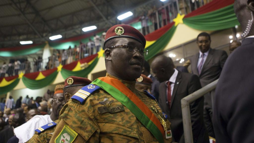 Le Premier ministre et ministre de la Défense, le lieutenant-colonel Zida, le 21 novembre. REUTERS/Joe Penney