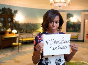 La première dame des États-Unis Michelle Obama demande la libération des lycéennes, depuis la Maison Blanche.
