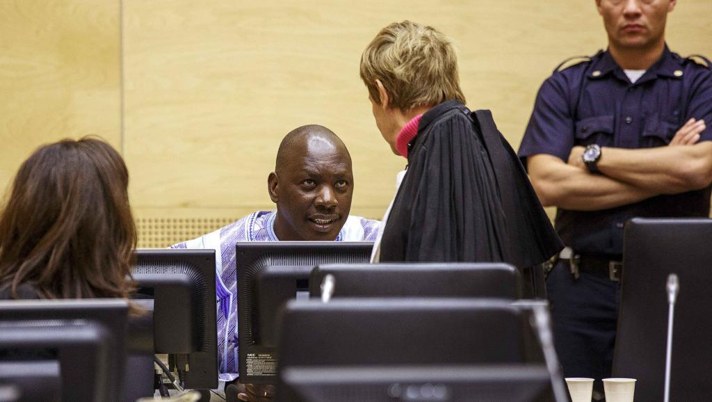 Thomas Lubanga lors de son premier jugement en appel à La Haye où la Cour pénale internationale a confirmé sa peine de 14 ans de prison, ce lundi 1er décembre 2014. REUTERS/Michael Kooren