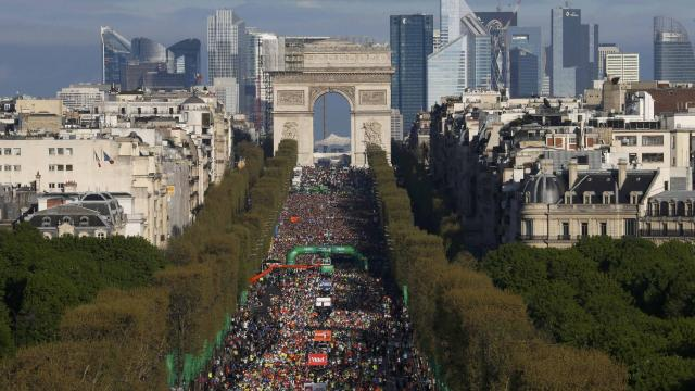 Marathon de Paris : 50 000 inscriptions, un nouveau record