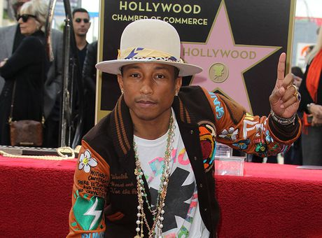 DIAPO Pharrell Williams a inauguré son étoile sur Hollywood Boulevard