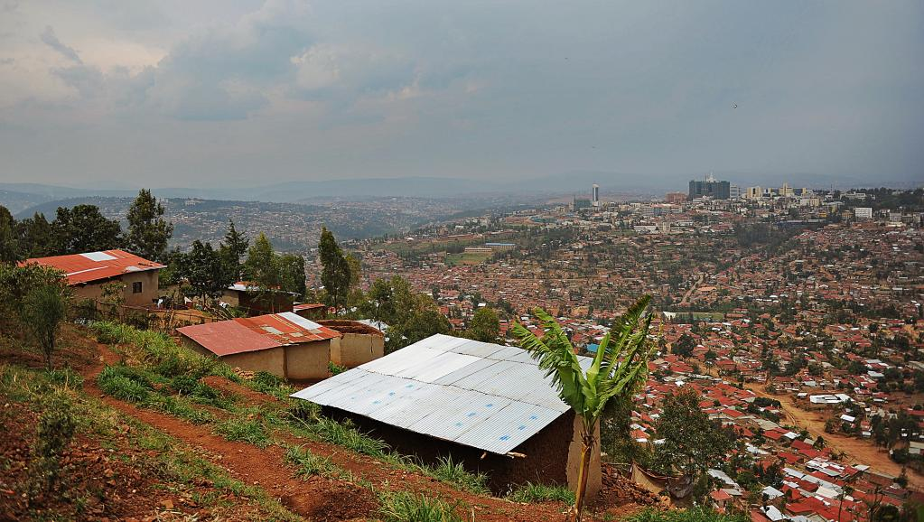Vue générale de Kigali, la capitale du Rwanda, en septembre 2013. AFP PHOTO/Tony KARUMBA