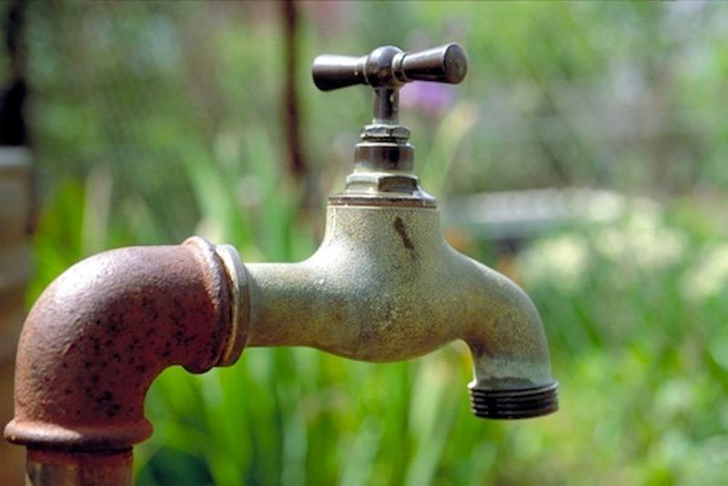 """""""Pas de hausse des factures d'eau"""", (la tutelle)"""