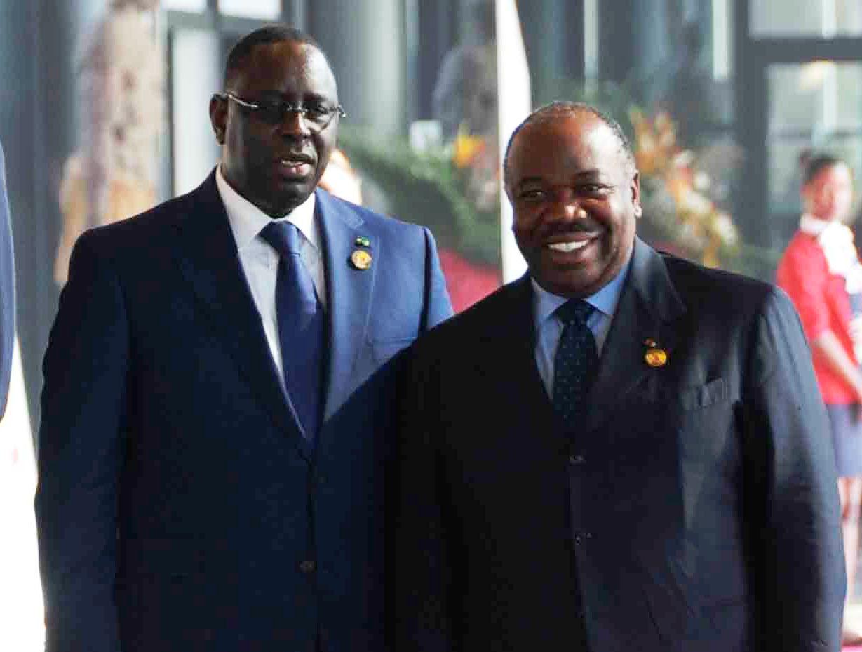 Mausolée d'Omar Bongo : 1er dirigeant Africain à le visiter, Macky Sall impressionné