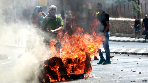 Le responsable palestinien faisait partie de quelque 300 manifestants opposés à la colonisation et qui voulaient planter des oliviers.