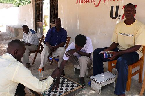 Emploi des jeunes au Sénégal : la Banque mondiale débloque 18 milliards pour la formation dans le tourisme, l'horticulture et l'aviculture