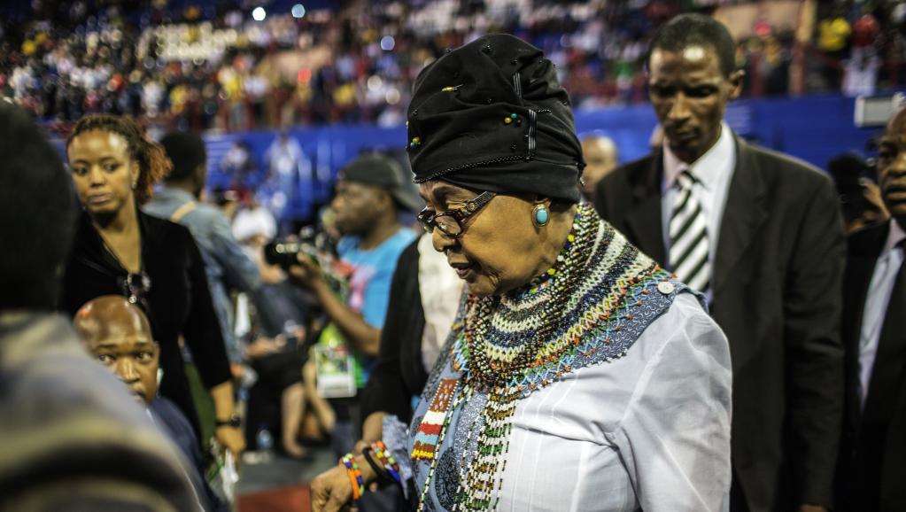 Afrique du Sud Winnie Mandela, l'ex-femme de Nelson Mandela, ici le 30 octobre 2014, s'est vue refuser le droit à la propriété familliale de Qunu AFP PHOTO/GIANLUIGI GUERCIA