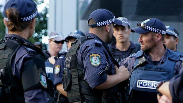 La police australienne multiplie les raids à Sydney dans le cadre de la lutte contre le terrorisme.