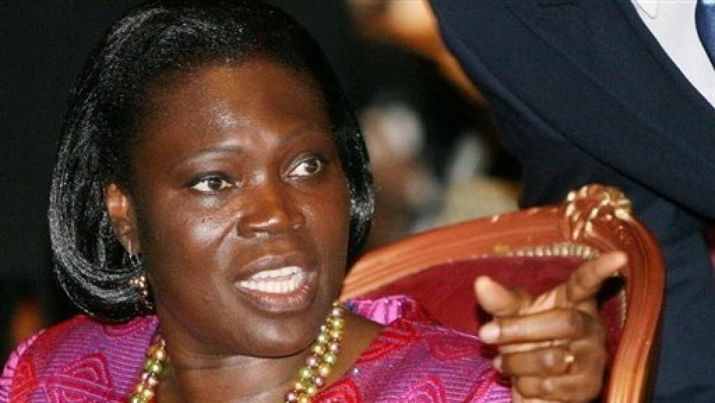 D'après ses avocats, Simone Gbagbo attend impatiemment de se présenter devant les juges pour savoir exactement ce qu'on lui reproche. 1.bp.blogspot.com
