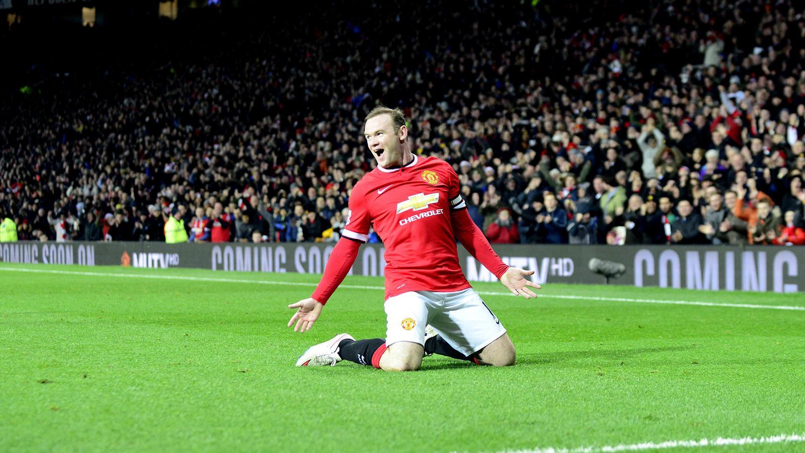 Man United: Devenu milieu de terrain, Rooney brille de mille feux
