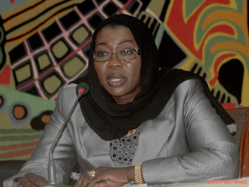 """""""Un ministre m'a réveillée à minuit et demi..."""", Nafi Ngom Keïta"""