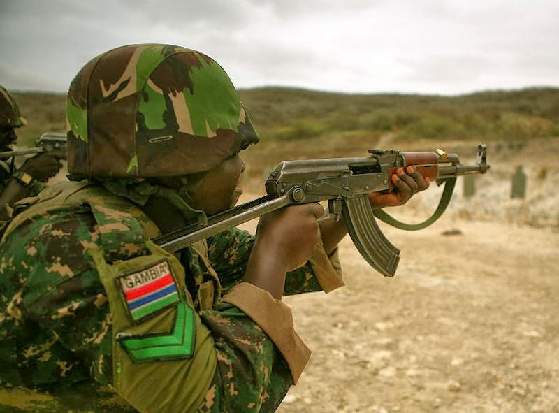 Direct Putsch Gambie: Des armes tonnent toujours à Banjul - Omerta des journalistes et les citoyens