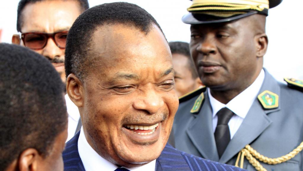 Une modification de la Constitution pourrait permettre au président Sassou-Nguesso (ici à Addis-Abeba, en janvier 2014) de briguer un troisième mandat. REUTERS/Tiksa Negeri