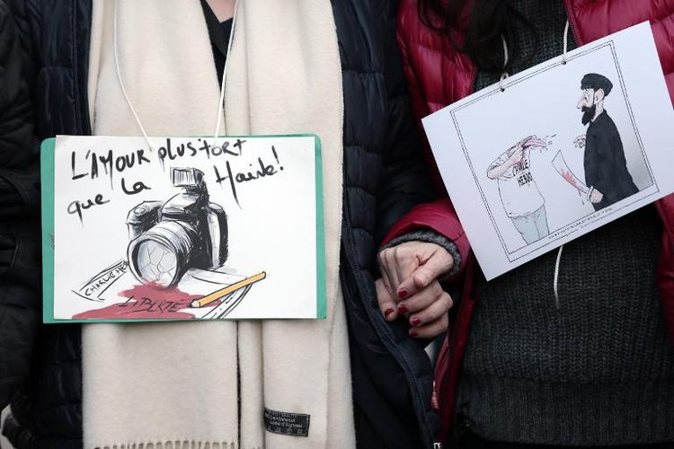 Marche Charlie Hebdo: une belle unanimité républicaine et quelques fausses notes