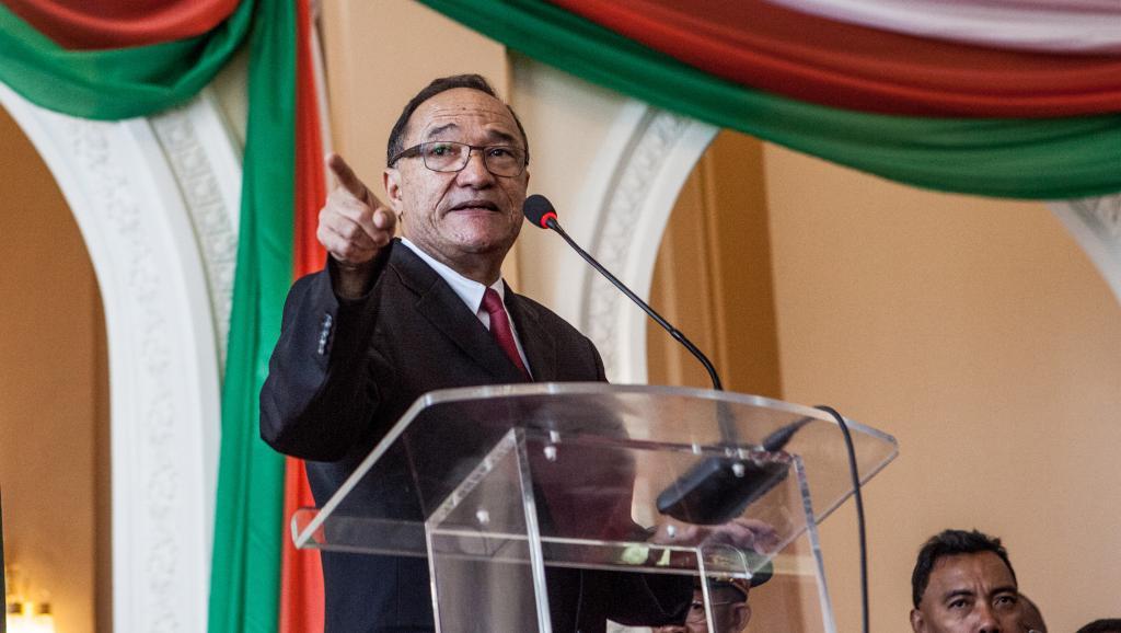 Kolo Roger au palais présidentiel, le 18 avril 2014. AFP PHOTO/RIJASOLO