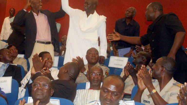 Au Faso, les députés se serrent la ceinture
