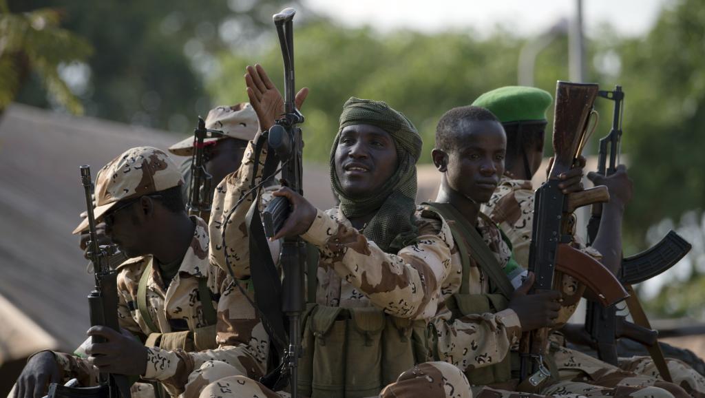 Le Tchad dispose d'une armée puissante et aguerrie. Ici, des soldats tchadiens dans un camp de la Misca, à Bangui en RCA, en avril 2014. AFP PHOTO / MIGUEL MEDINA