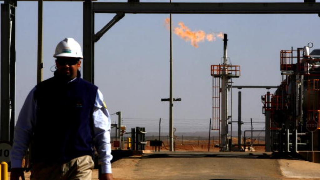 Dans une raffinerie de la Sonatrach près de In Salah, en Algérie. Adam Berry/Getty Images