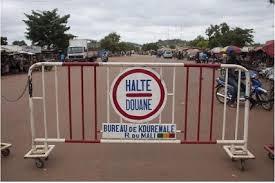 Ebola : réouverture des frontières à la Guinée