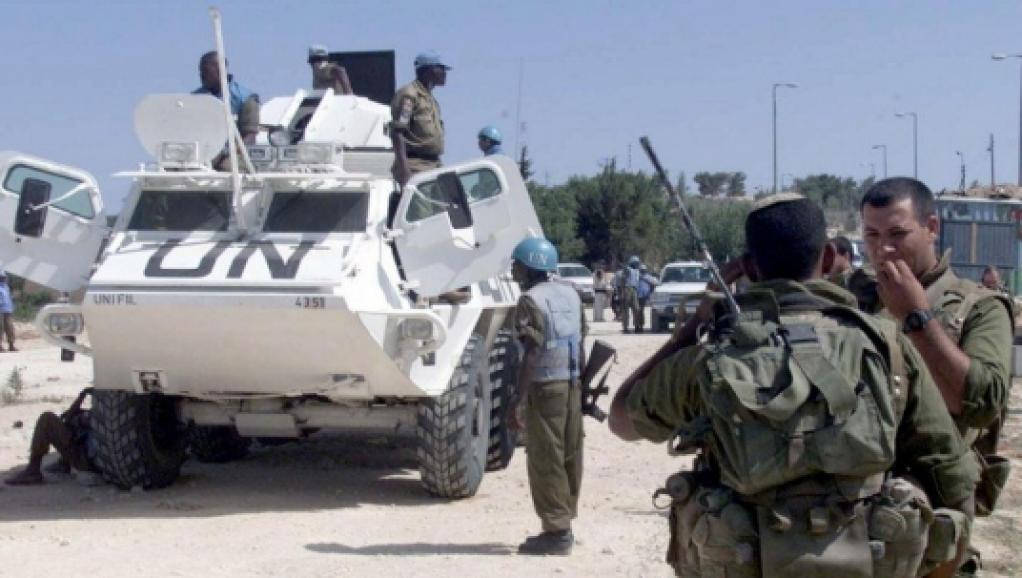Selon leur porte-parole, les soldats de l'ONU n'ont effectué que des tirs de sommation pour disperser la foule.