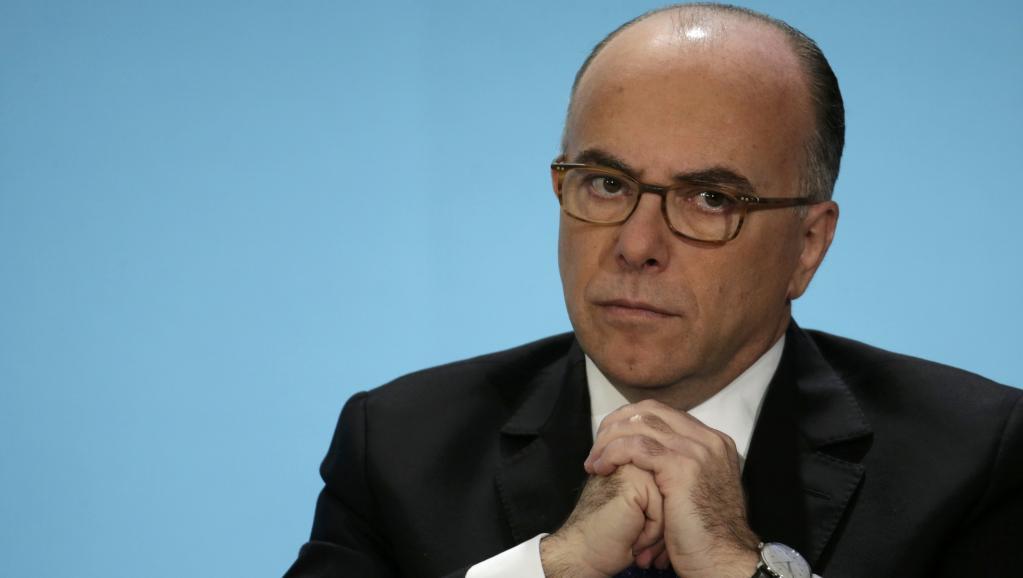 A Riga, le ministre français de l'Intérieur Bernard Cazeneuve, ici le 21 janvier 2015, devrait tenter de convaincre ses homologues européens d'adopter un train de mesures pour lutter contre le terrorisme. REUTERS/Philippe Wojazer