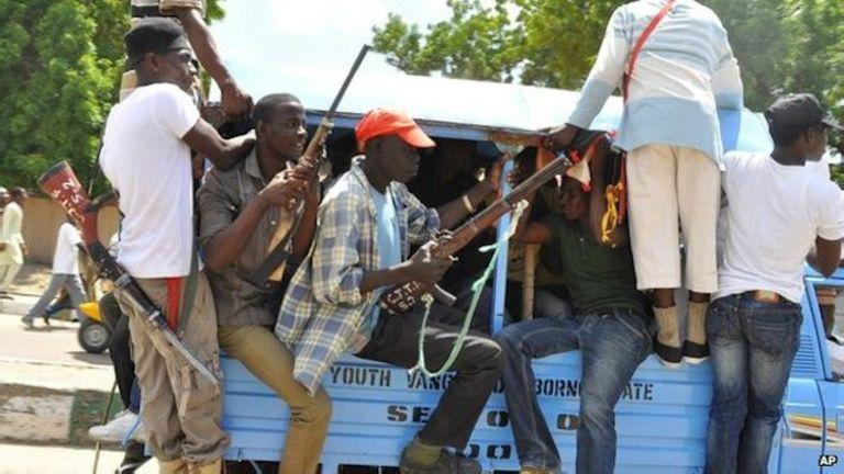 Des comités d'autodéfense prennent part à la lutte contre l'insurrection menée par Boko Haram.