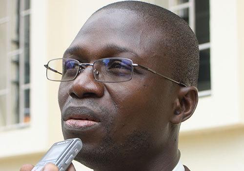Le SAES incinère la loi 31-2014, Yankhoba Seydi lit l'acte de décès