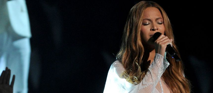 Grammy Awards 2015, le palmarès : Sam Smith et Beyoncé triomphent, so happy !