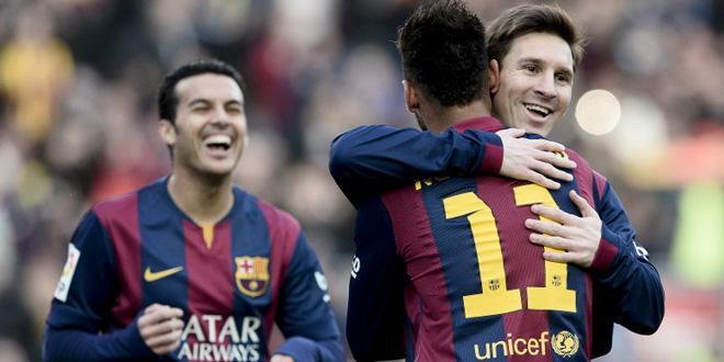 Barcelone cartonne, Messi régale la foule et ses stats