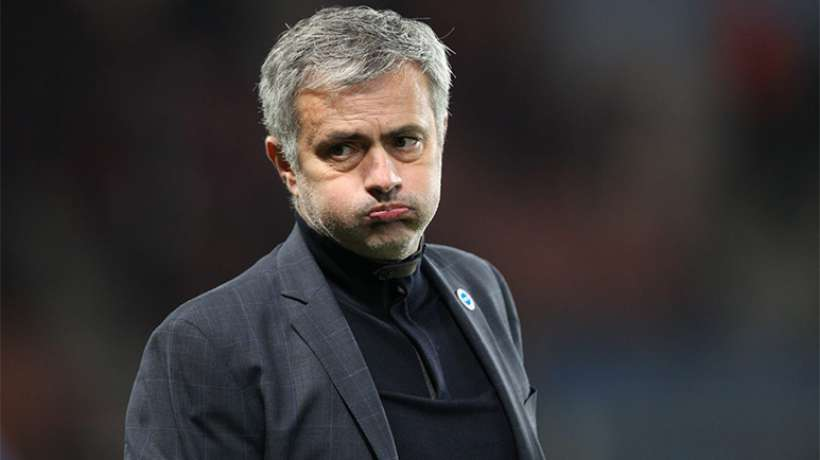 Chelsea : Mourinho évoque son futur contrat et fracasse ses pseudo-supporters !