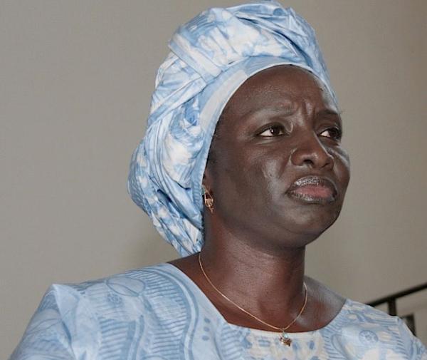 """Aminata Touré sur les attaques de Wade : """"Macky Sall ne saurait se laisser divertir"""""""