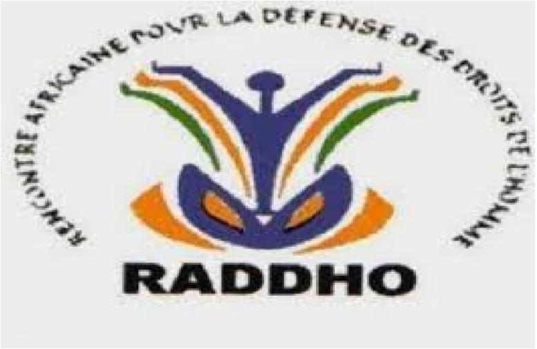 Les défenseurs des droits de l'homme se relayent contre la sortie de Me Wade sur Macky Sall