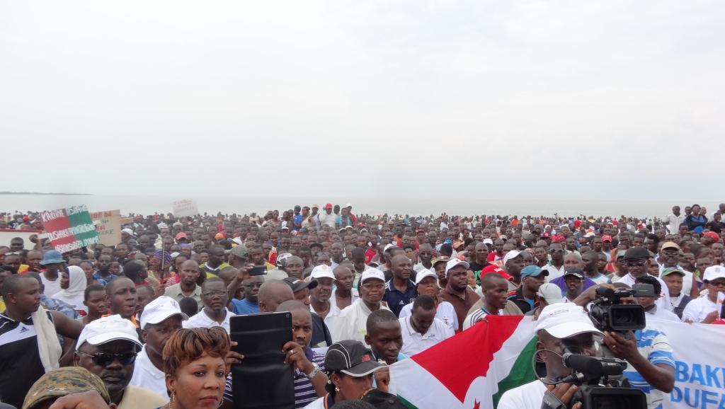 Burundi: une contre-manifestation géante organisée par le pouvoir